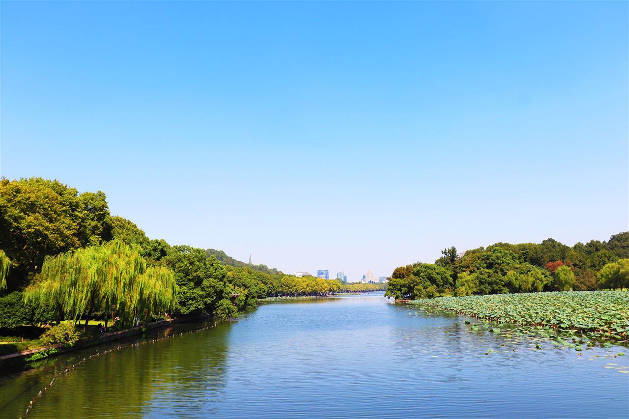 政策+市場雙重推動 加快水質監測行業發展
